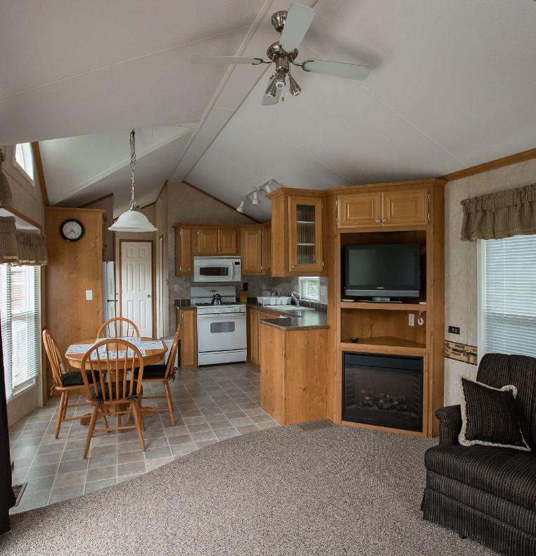 Shuswap Cottage G58 2019-1