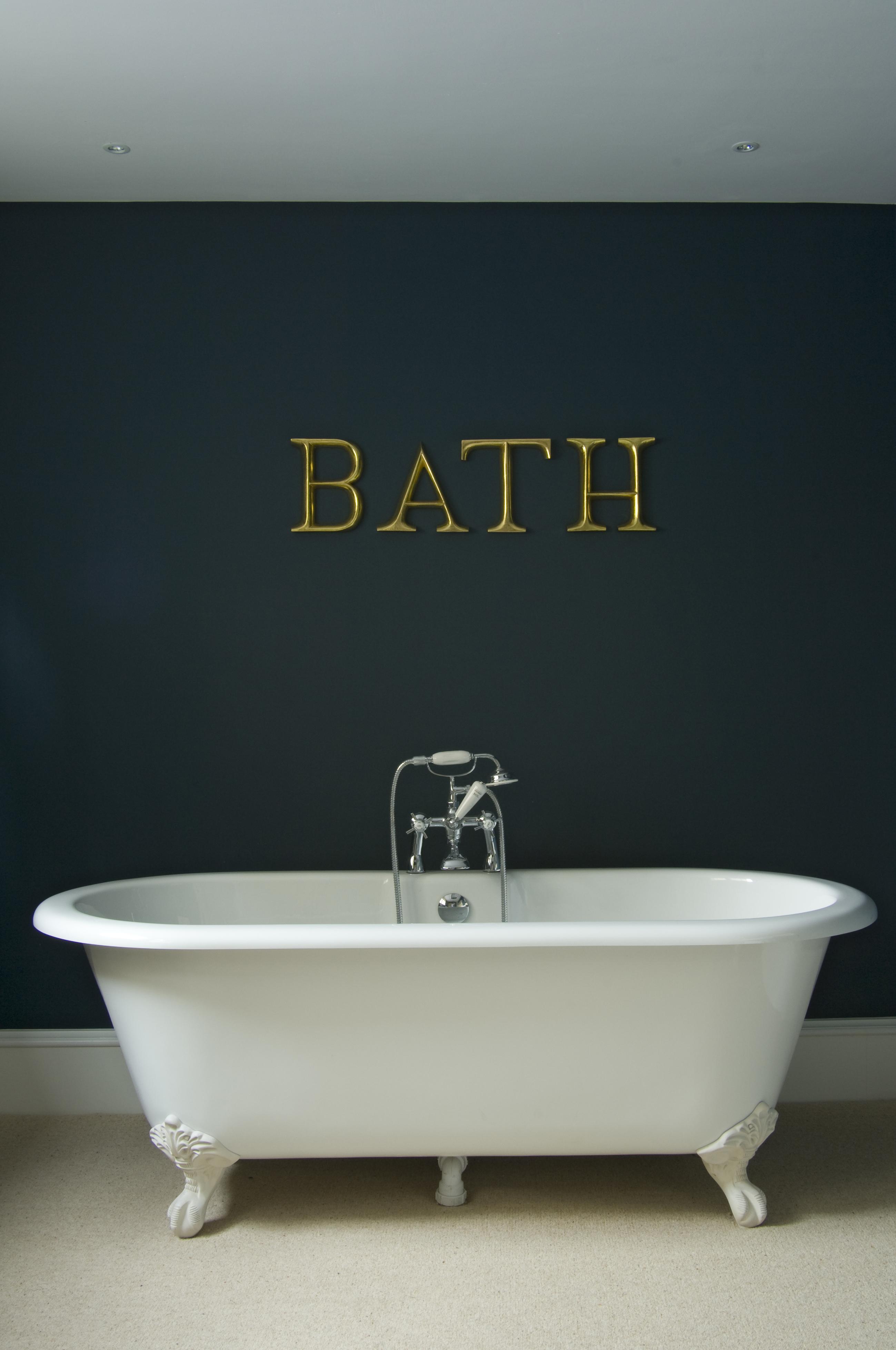 BathCrop_30ME_2005EE_2005IE_L.jpg
