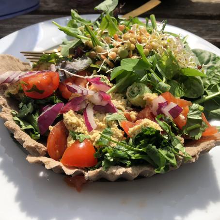 Raw vegan cheese and tomato tart