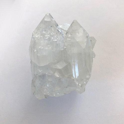 Apophyllite twin peaks cluster