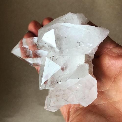 Starbrary Quartz cluster - Abundance crystal