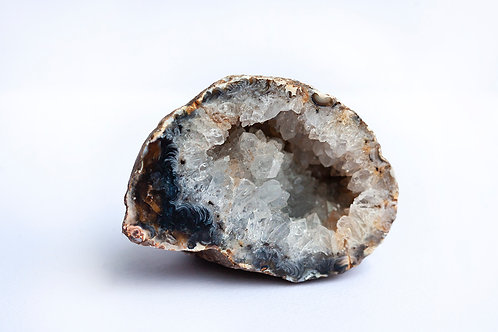 NATURAL BRAZILIAN AGATE GEODE (GREY/BROWN)