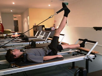 Teenage Pilates Course of the Pilates Equipment