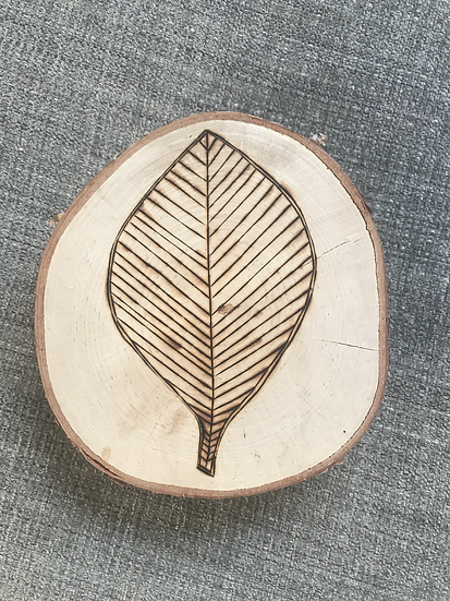 Leaf round - wood burning
