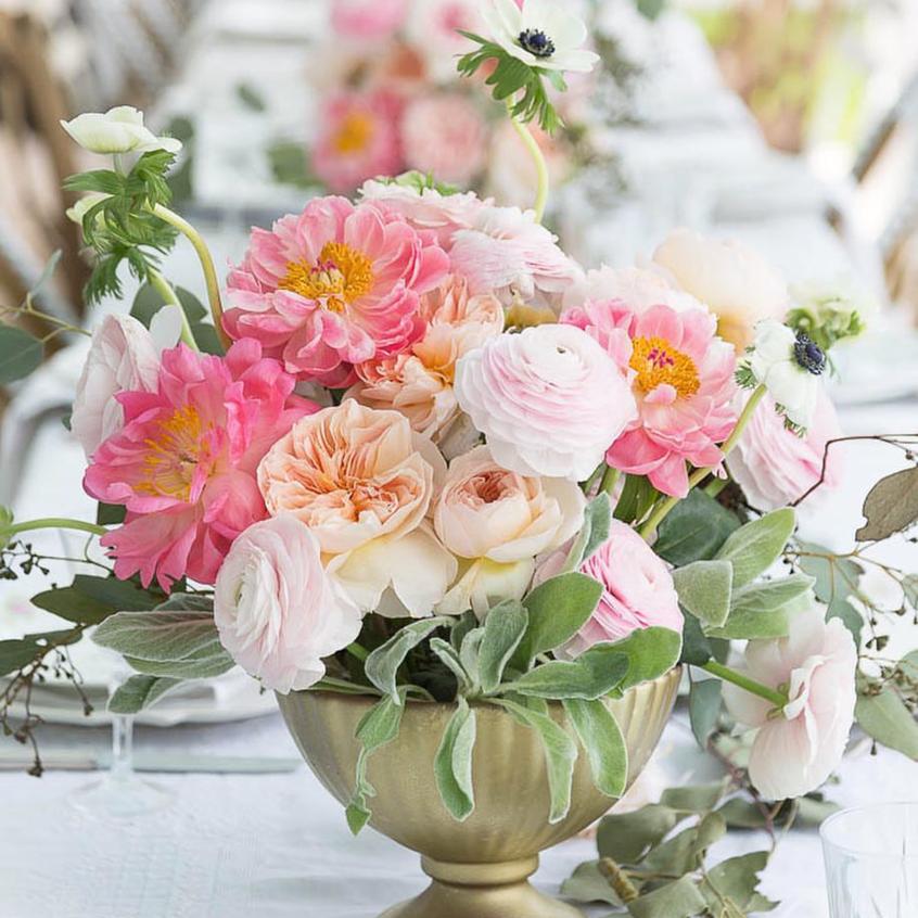 Ranunculus and Garden Rose bouquet