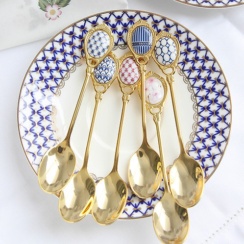 Pretty Golden Teaspoons  in patterned Blue- 4 piece set