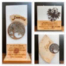 Familienkerze indviduell graviert und mit Holz dekoriert