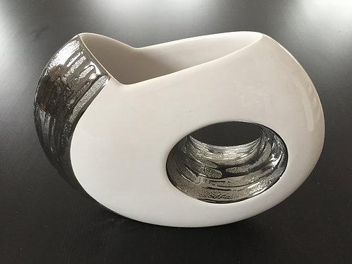 Vase aus Keramik weiß mit silber, handgefertigt, Größe27x23cm