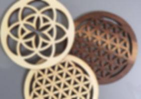 Untersetzer in Zirbe, Nuss, Eiche oder Pappel in verschiedenen Größen erhältlich