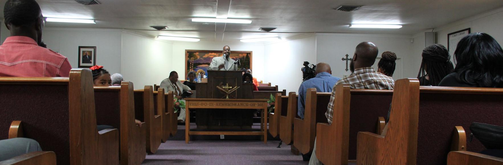 Church Service 4.jpg
