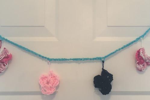 Crochet flower decoration chain