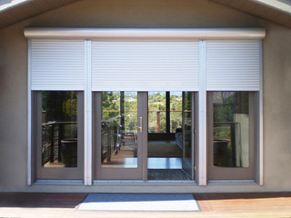 Multiple Benefits of Installing Motorized Blinds in Your Home!!