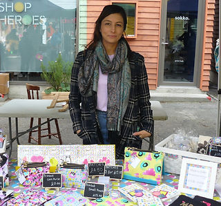 sonia-b-textiles-market-embroidery-craft
