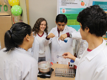 Hard Science: Feria de Ciencias Naturales
