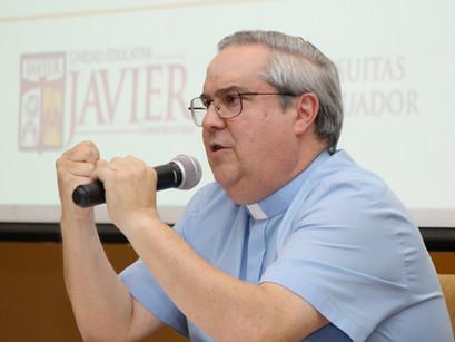 """Aprendiendo el don de """"Amar y Servir"""" P. Ángel Rossi, SJ."""