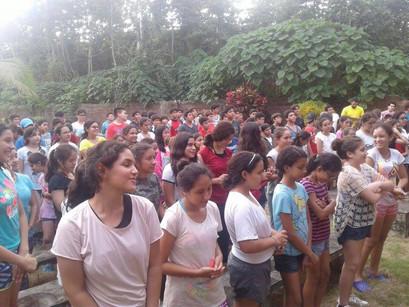"""Campamento de 8vo de Básica, """"Amigos en el Señor""""."""