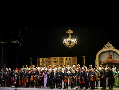 """Javeriano en """"La Traviata"""""""