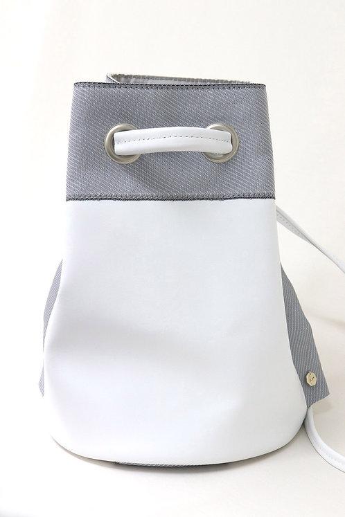 防水革ミニ巾着(ホワイト)