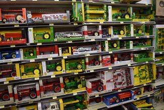 Ertl Model Tractors