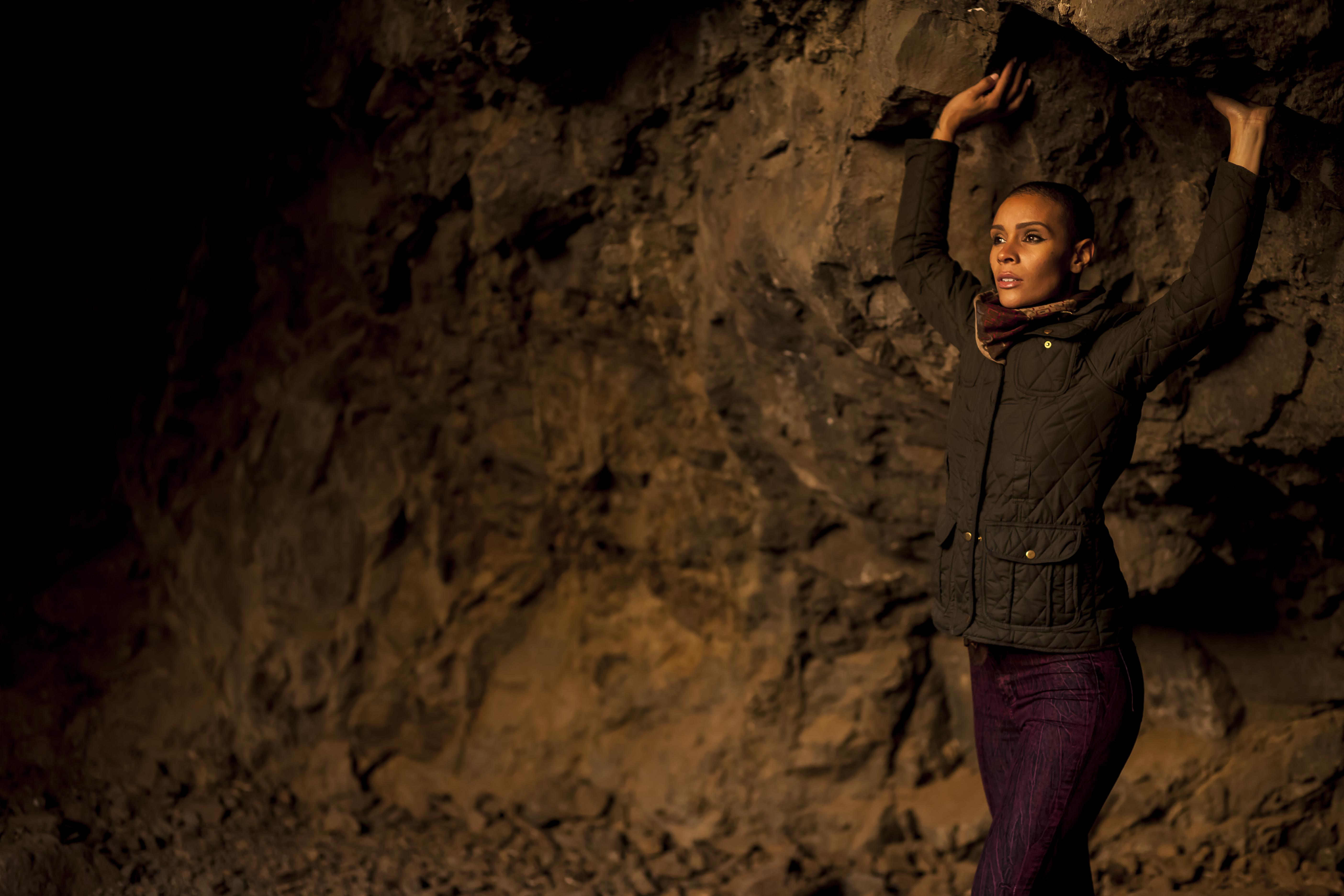 Born - Cave