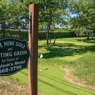 Mini Golf-5936.jpg
