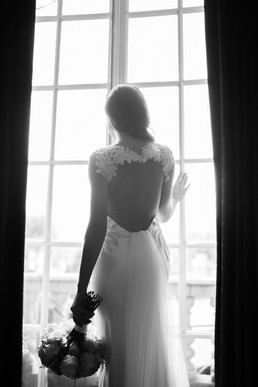 Bridal Shoot Hamilton Place by Ioana Por