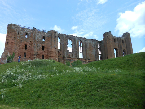 kenilworth castle 30 May 2015 24.JPG