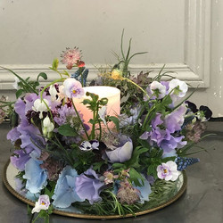 Table crown arrangement #thefloralacademy #flowerinstagram #floraldesign #springflowerrs #springtime