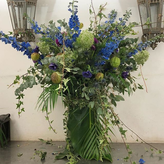 Versailles here we come!! #thefloralacademy #bluesngreens #delphinium #catherinemullerparis #paris