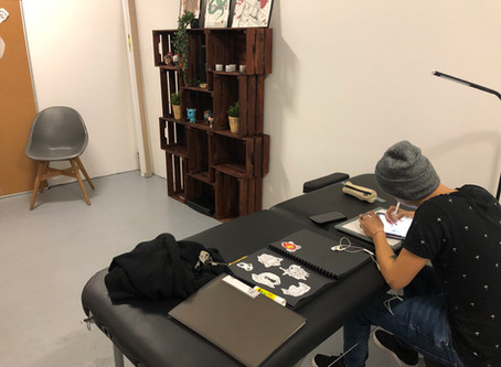 Un salon de tatouage au cowork studio de Lyon
