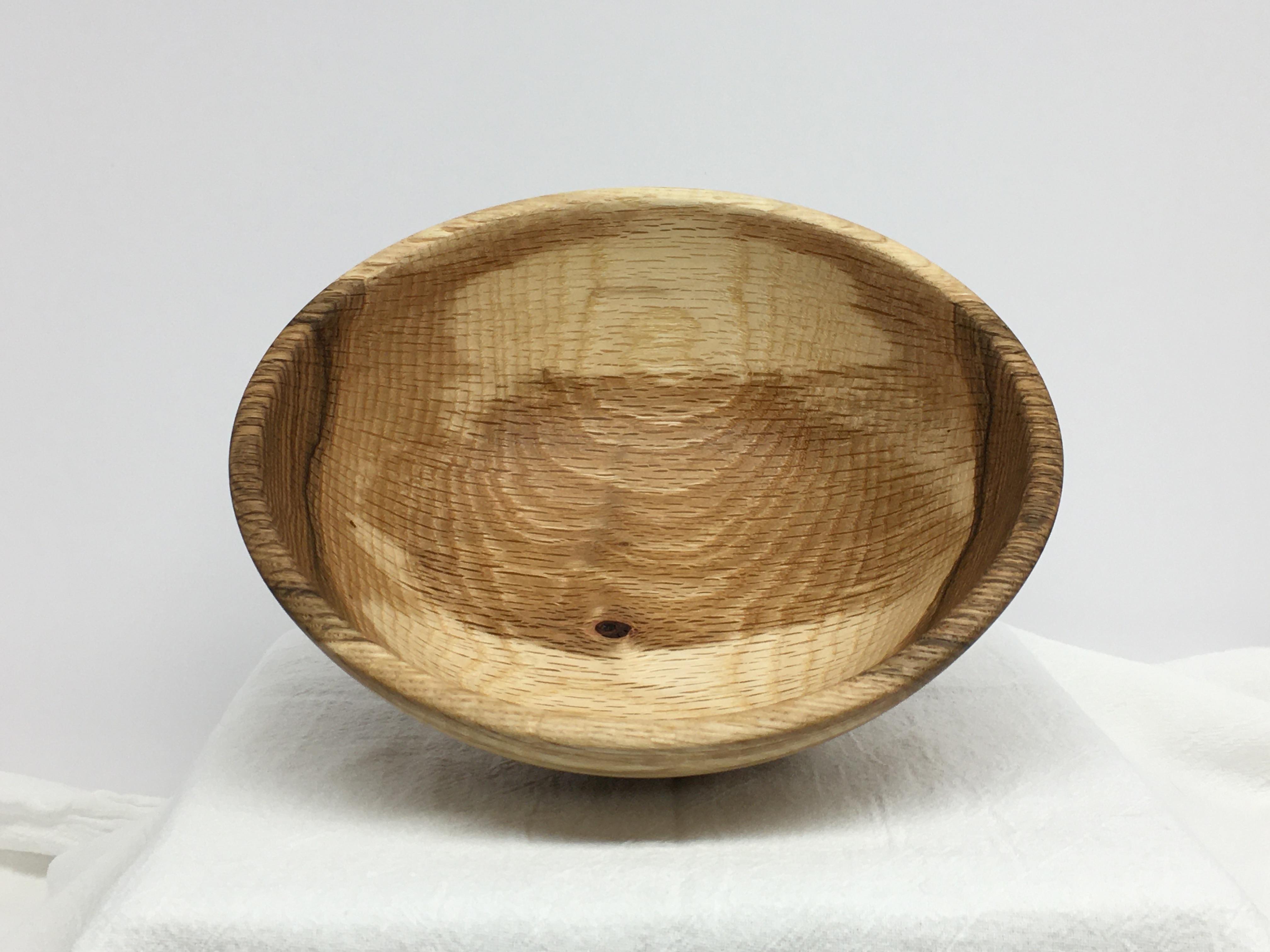 Oak bowl 4d.JPG
