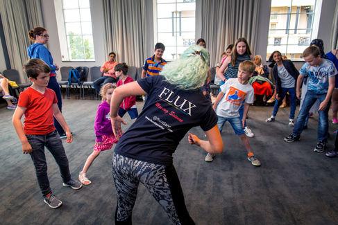Moving Science Flux Dance