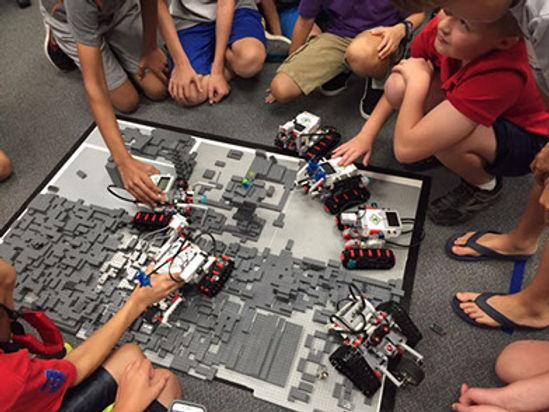 LEGO EV3 BATTLE BOT.jpg