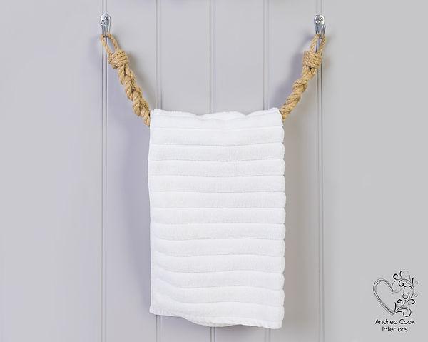 Braided beige chunky rope towel rail