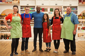 Host Eddie Jackson and bakers Austin Sco
