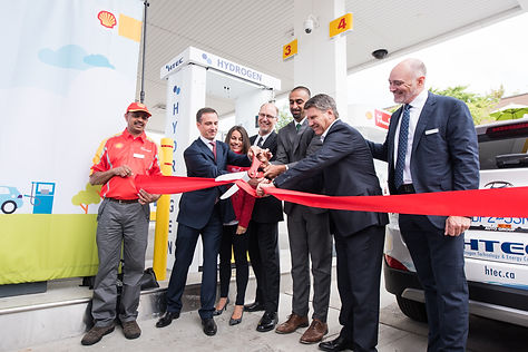 Ribbon-cutting at the grand opening of Canda's first retail hydrogen refueling station
