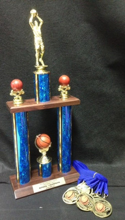 For Boys & Girls Club of Laredo, this set going to the Champions of recent tournament (Salinas)