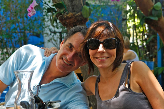 Jodi & Stu at a Miami cafe April 2012