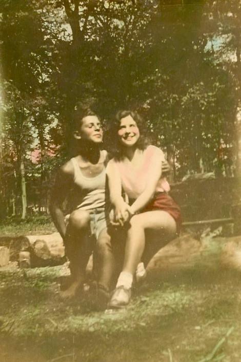 Lovebirds, 1931