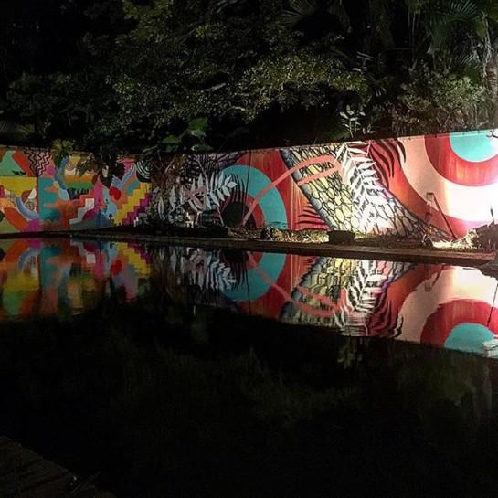 Nove & t_w_o_o_n_e collaboration (right wall). Zosen & Mina Hamada (left wall)