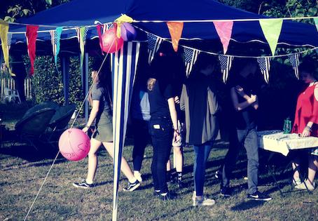 Wat een feestje en een trampoline ons leren over de man-vrouw verschillen
