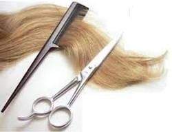 WOMEN HAIR CUTTING