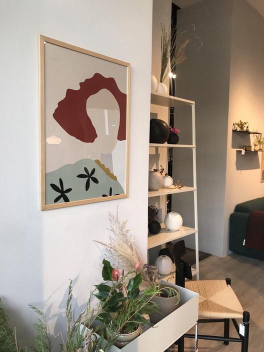 Портрет рыжей девушки-интерьер-Свартисен