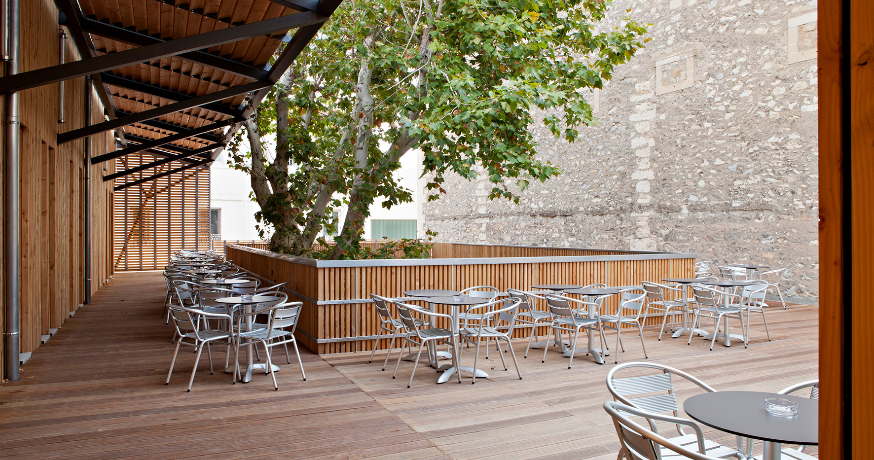 281 RIA PHO cour terrasse 7557 - terrass