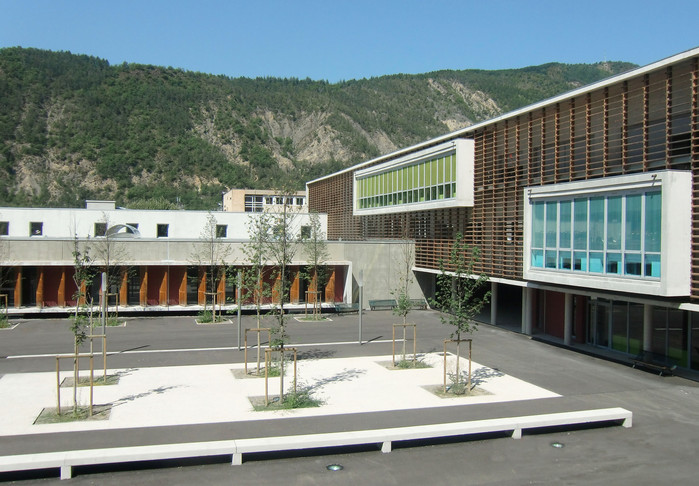 Lycée Beau de Rochas