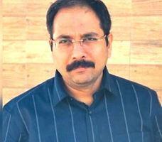 Dr Ayush Bhatia
