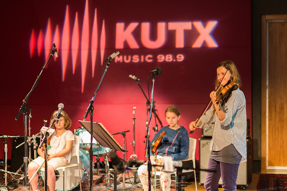 Songbird Rising Students Play KUTX's famed Studio 1a!