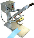 ribbon cutter, v cutter, bow cutter, webbing cutting