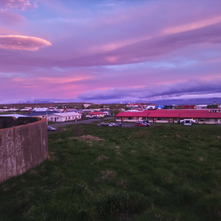 Colourful skies over northern Iceland, and approaches to painting