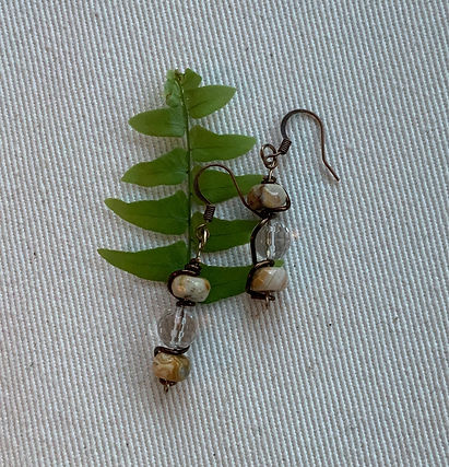 Agate and quartz in brown wire earrings